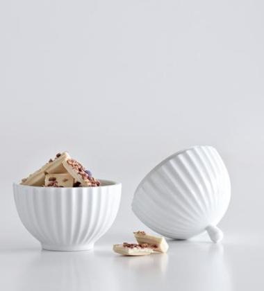 Bomboniera z porcelany Lyngby 13,5x10 cm Biała