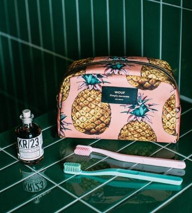 Duża Kosmetyczka Big Beauty Case ANANAS