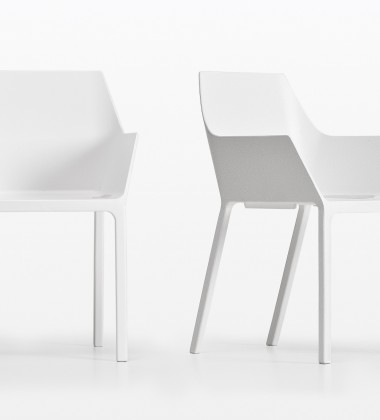 Krzesło z tworzywa MEM Białe