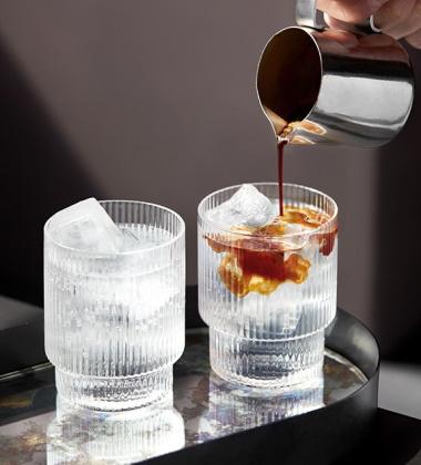 Komplet szklanek RIPPLE GLASS Set 4 Przezroczyste