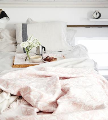 Pled na łóżko KUKAT 140x240 cm Różowy
