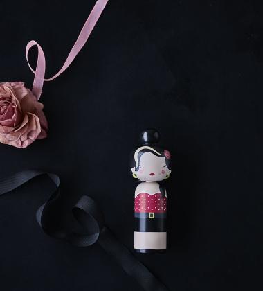 Laleczka Kokeshi AUDREY 16,5 cm Czarna