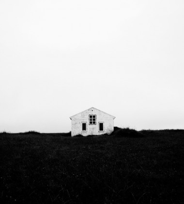 Lonely House Poster 50X70