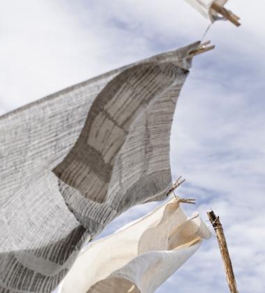 Lniany Ręcznik kąpielowy Uitto 95x180 Szaro-Biały