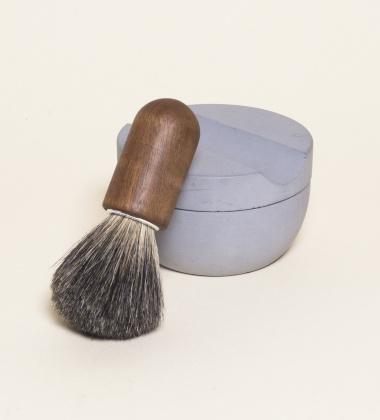 Drewniany pędzel do golenia SHAVING BRUSH - ORZECH