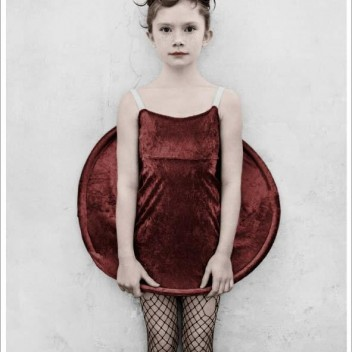 Poster 50x70 BIRTHDAY PARTY 18 Red Dress By Vee Speers