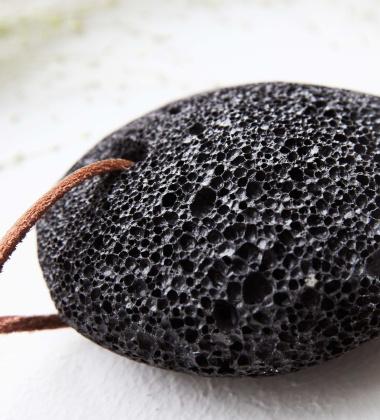 Czarny pumeks z lawy MERAKI BLACK LAVA STONE MKWB10
