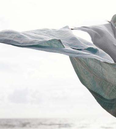 Lniany ręcznik kąpielowy JOKI 95x180 cm Aspen Green
