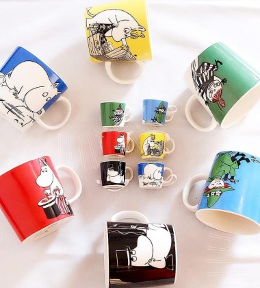 Komplet 6 mini kubeczków z porcelany Moomin Mini Mugs Collectors Set Classics no 1