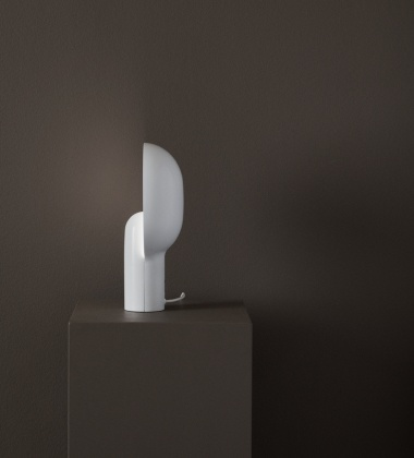 Lampa stołowa Ware Table Lamp H34 Milk White