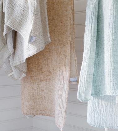 Ręcznik z gniecionego lnu NYYTTI 65x130 Morski