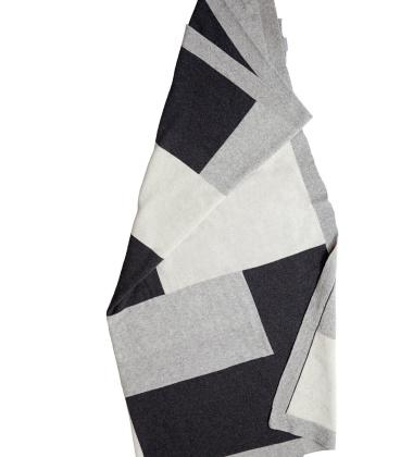 Koc Puzzle Wool 150x150 Szaro-Czarny